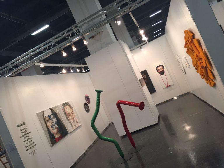"""Sanat Turu: Sanat Danışmanı Feride Çelik ile """"Contemporary Istanbul 2018"""" Sanat Fuarı Gezisi"""